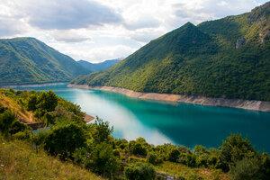 Вид на Озеро Пива
